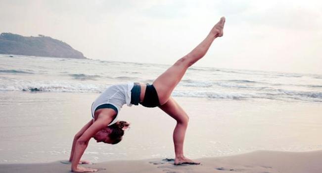 yoga beach slider