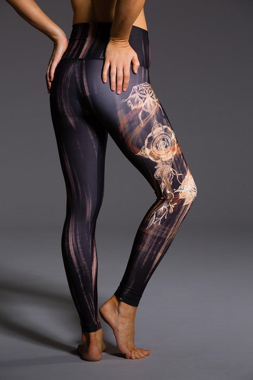 Henna Legging - Hot Yoga Retreats